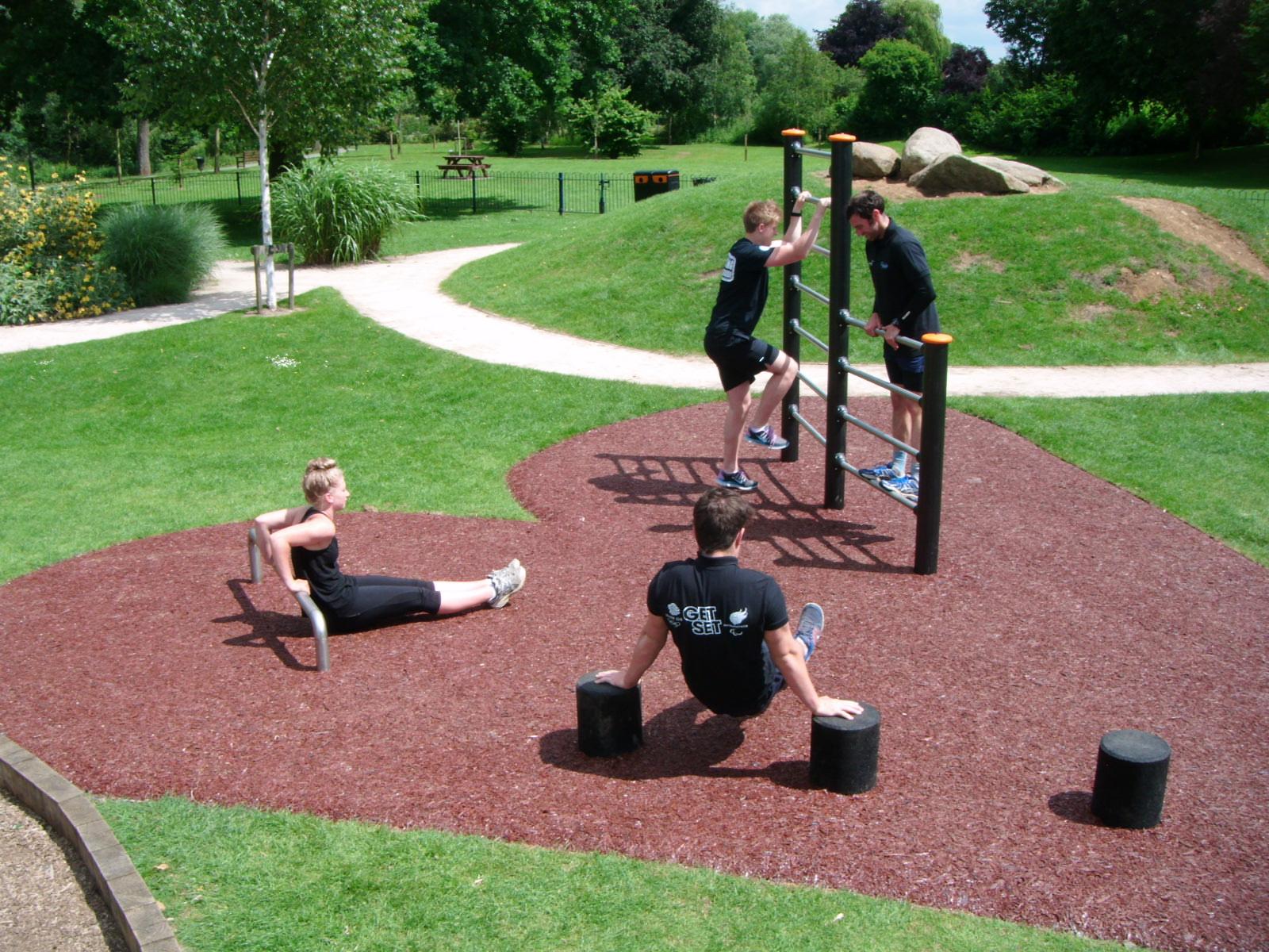 Welland Park – Social Fitness Zone