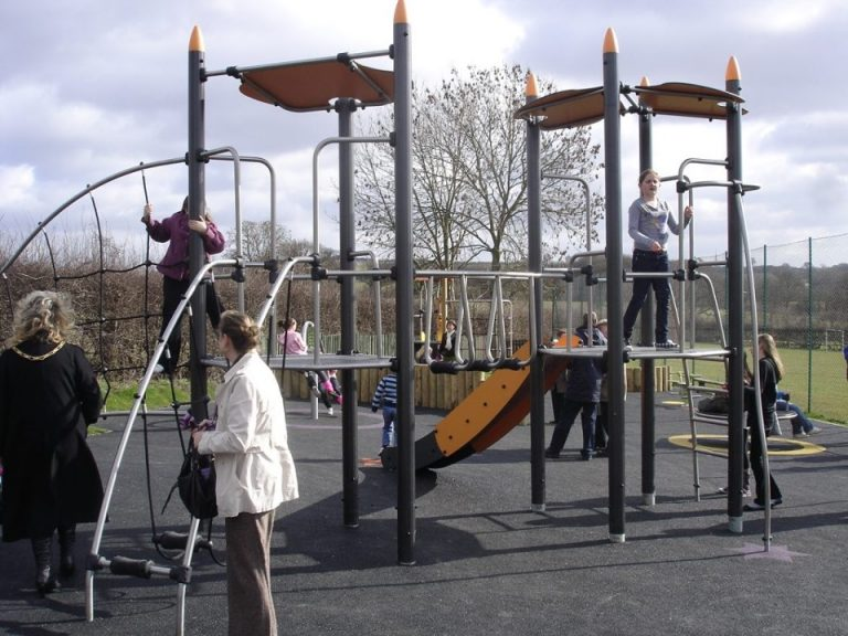 The Lane Play Area